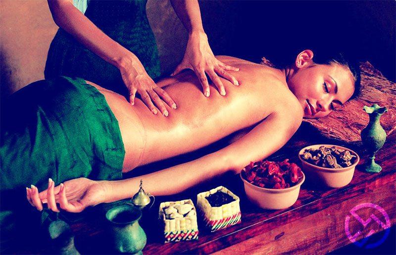 los beneficios del masaje ayurvedico