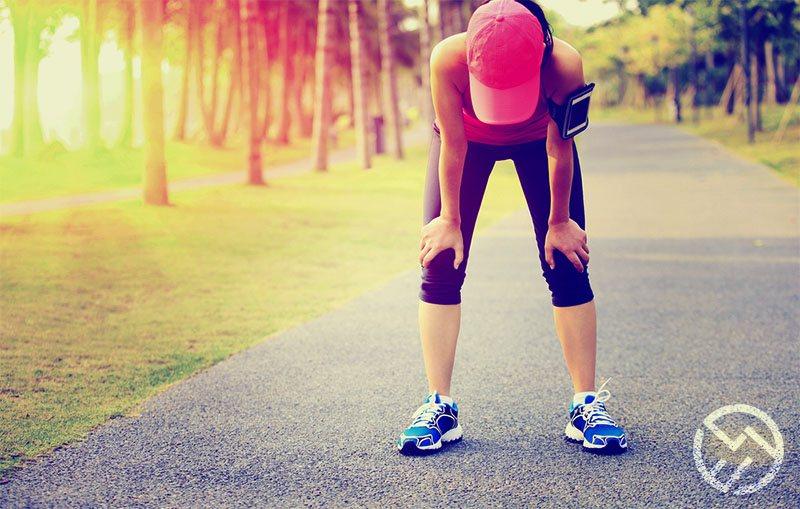 como evitar y solucionar las piernas cansadas