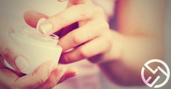 manos secas crema hidratante