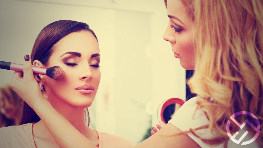 maquillaje mate en polvo