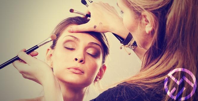maquillaje compacto translucido