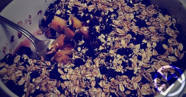 desayuno de fruta y cereales