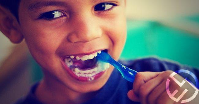 cepillarse los dientes edad