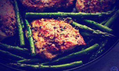 salteado facil de esparragos verdes con trozos de pollo