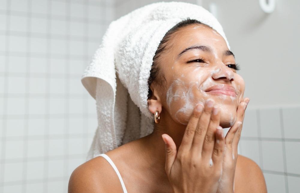 Pasos correctos para lavar la cara